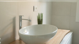tavoli/ripiani per bagno